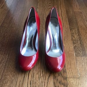 🆕 Jessica Simpson Red Patent Leather Pumps!